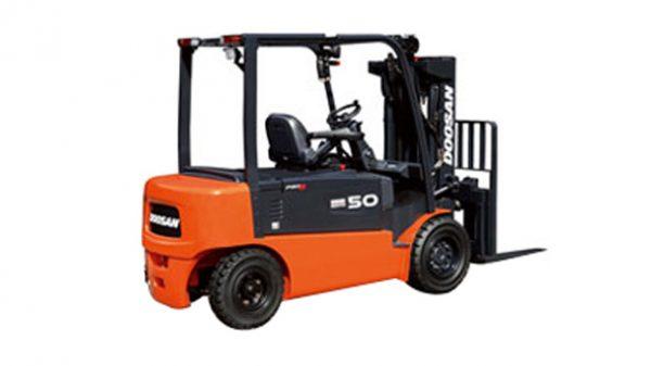 Xe nâng điện Doosan 4-5 tấn