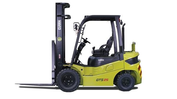 Xe nâng Clark động cơ Diesel GTS20/25/30/33D